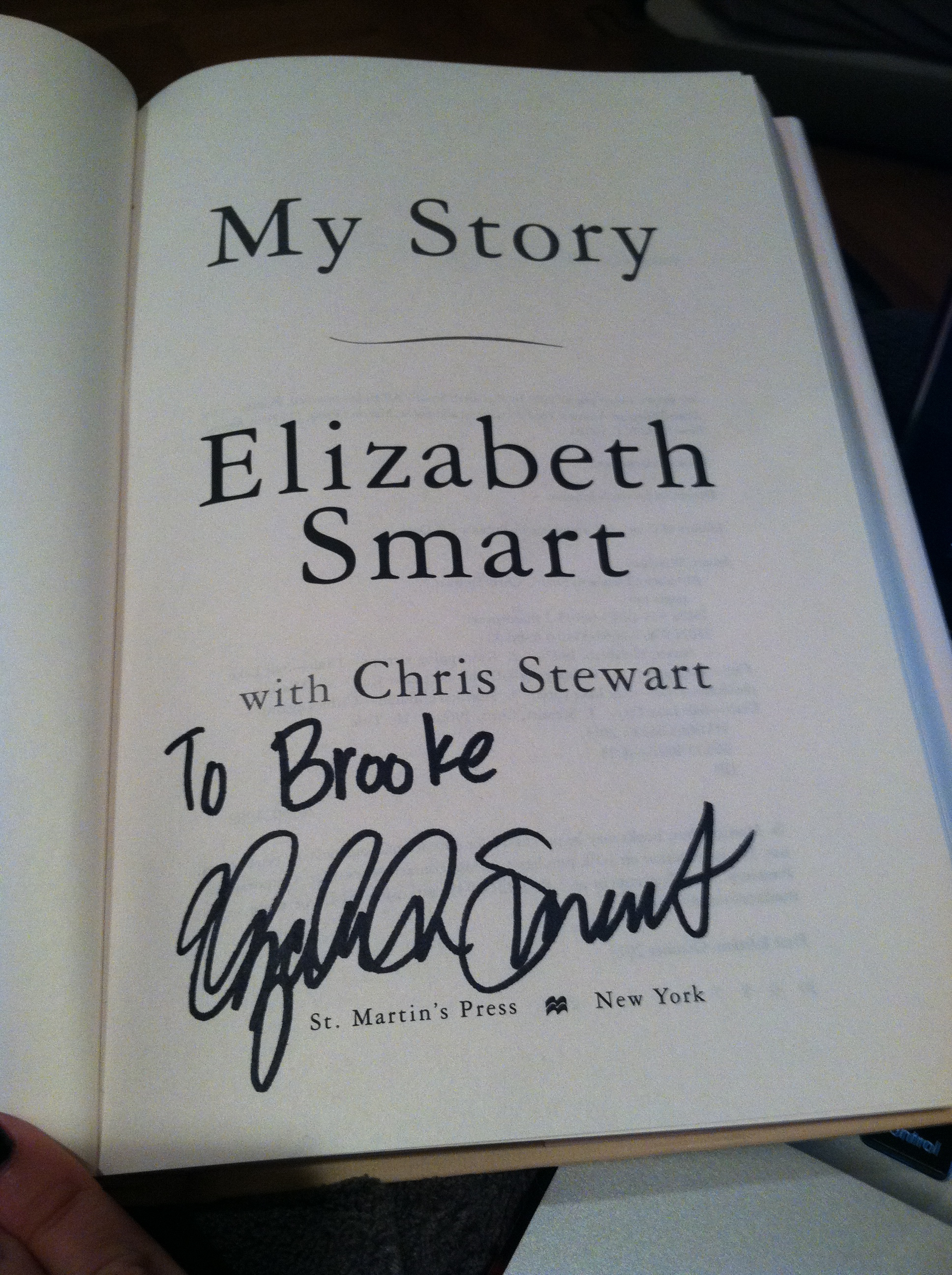 Elizabeth Smart Book Signing October 8, 2013 041
