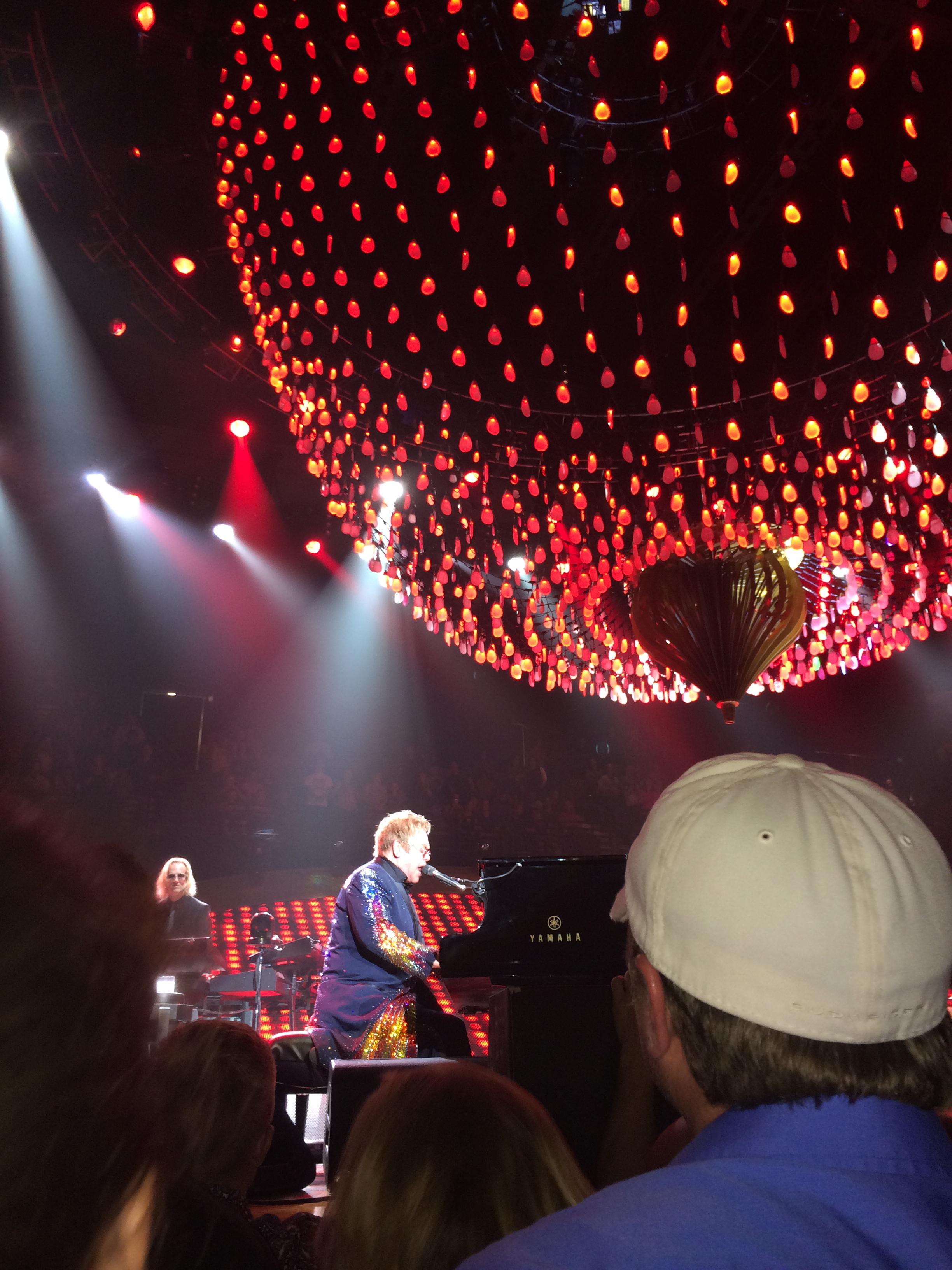 Elton John September 18, 2014054