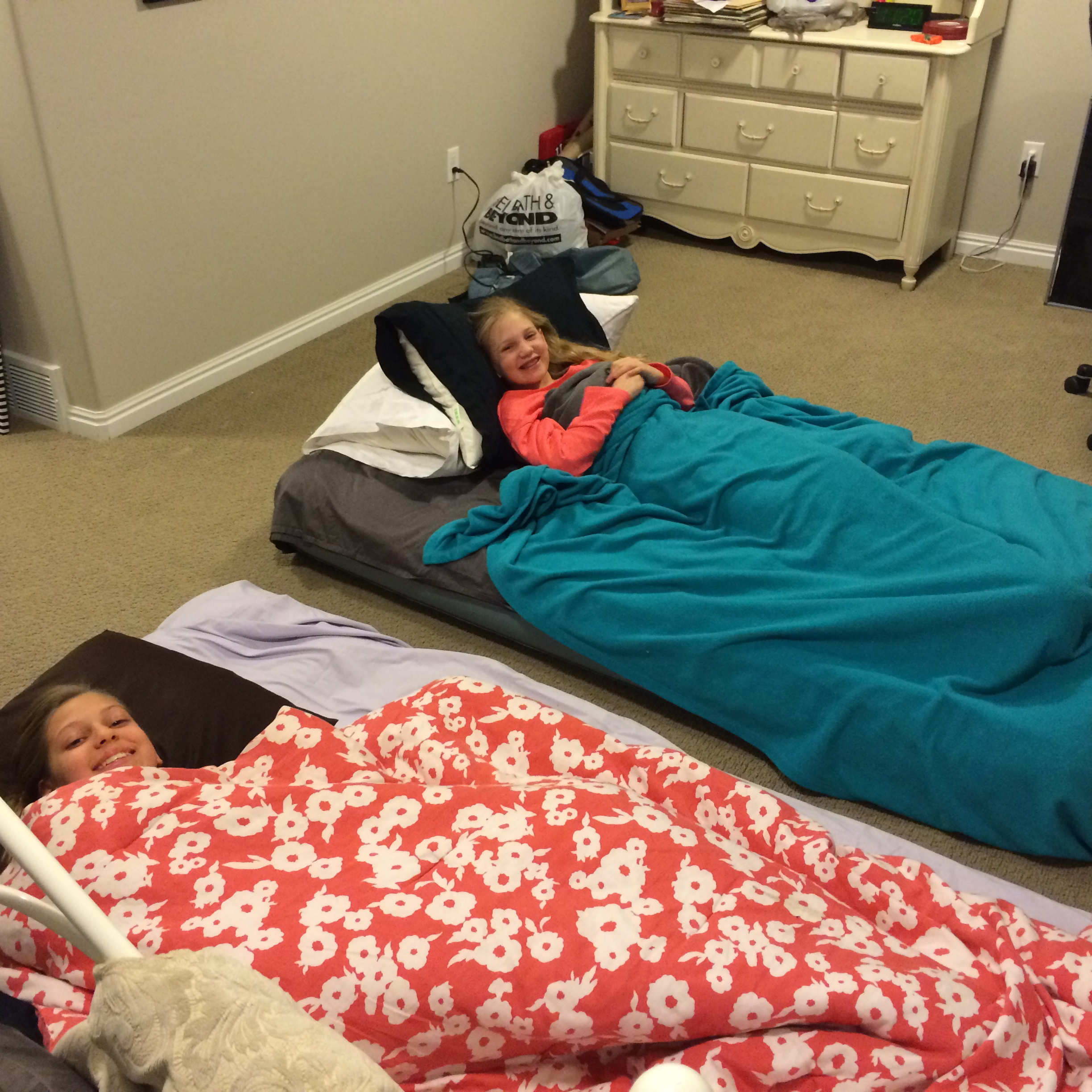 Sleepover with Em & Noelle - Jan 1, 2015 407